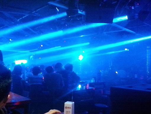 橙菲酒吧——美肯(MeinKeng)娱乐音响系统